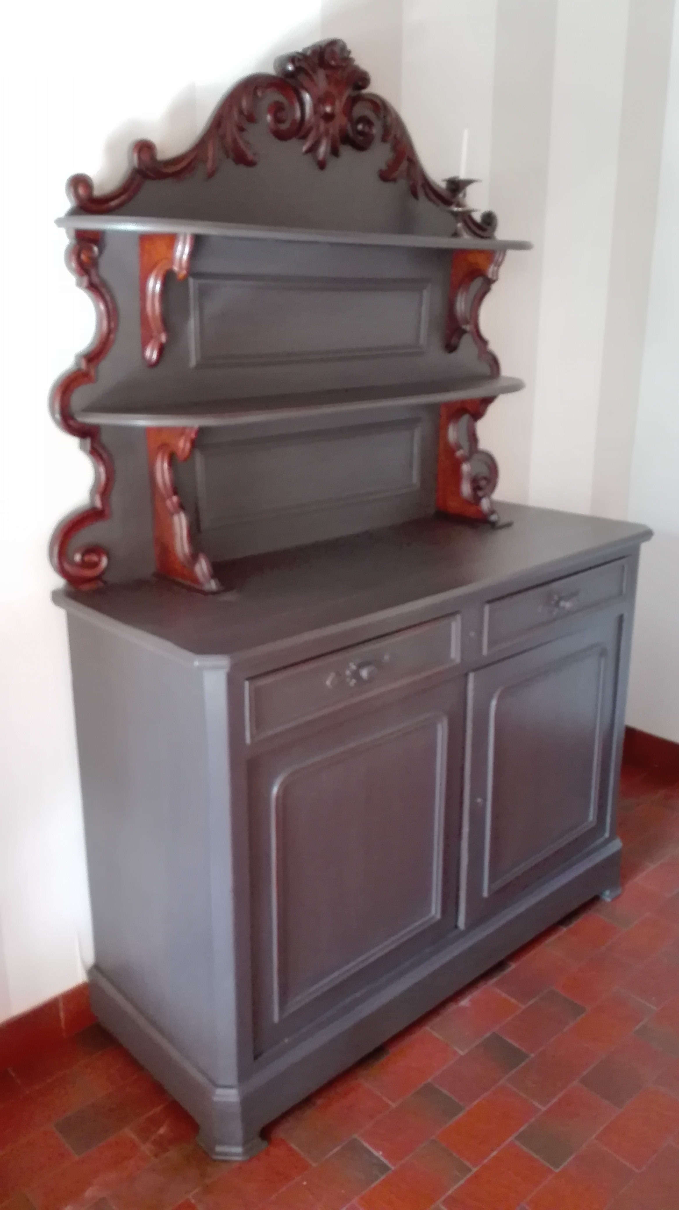 Commodes - Buffets